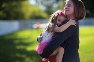 preschool-girl-and-mother_jpg